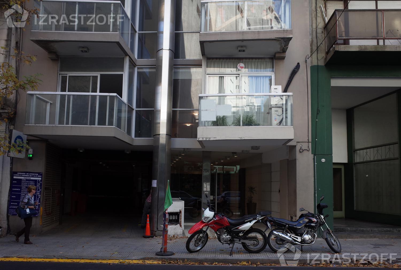 Oficina-Alquiler-Barrio Norte-Paraguay y Junín