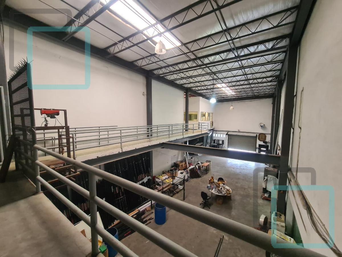 Foto Bodega Industrial en Venta en  Terminal,  Monterrey  BODEGA INDUSTRIAL EN VENTA COLONIA TERMINAL EN EL CENTRO DE MONTERREY