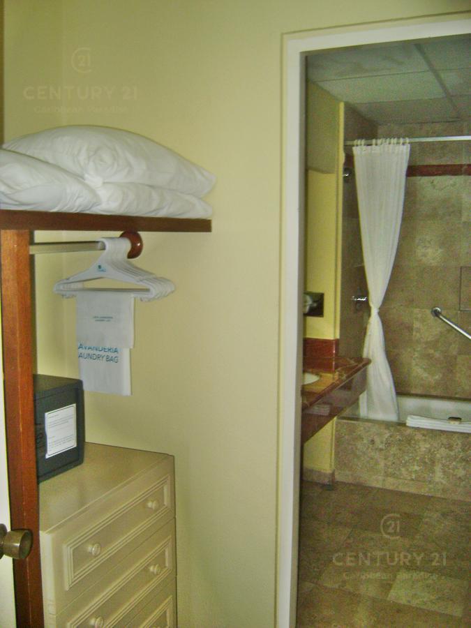Zona Hotelera PH for Venta scene image 20