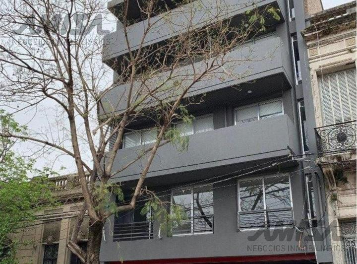 Foto Departamento en Alquiler en  Centro,  Rosario  Brown al 2500