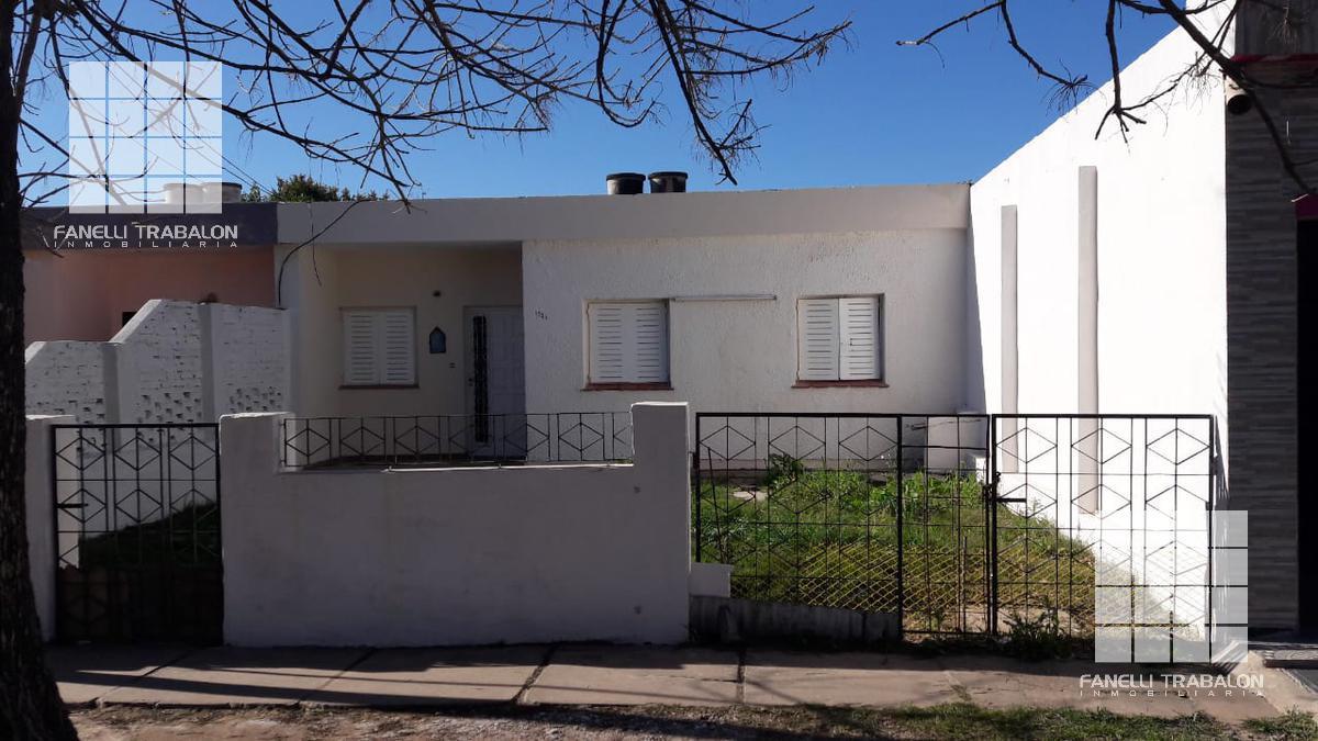 Foto Casa en Alquiler en  Oro Blanco,  Presidencia Roque Saenz Peña  Yugoslavia N° al 1100