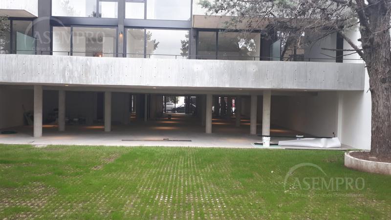 Foto Cochera en Venta en  Saavedra ,  Capital Federal  Paroissien 3700 C5