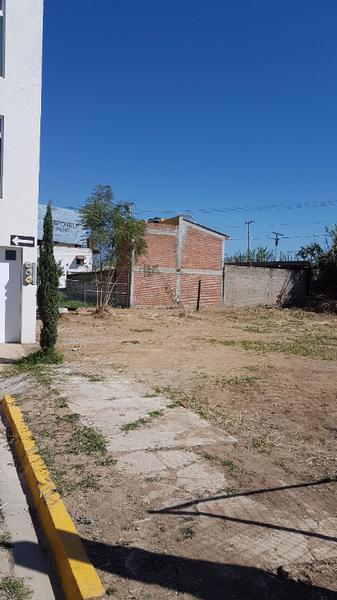 Foto Terreno en Venta en  Chilpancingo de los Bravo ,  Guerrero  Hermoso terreno en Valle Esmeralda detrás de la UABJ