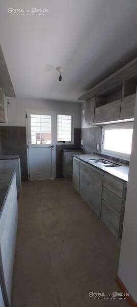 Foto Casa en Venta en  La Amistad,  Valle Cercano  VALLE CERCANO ALQUILER 2 DORMI COCHERA Y QUINCHO
