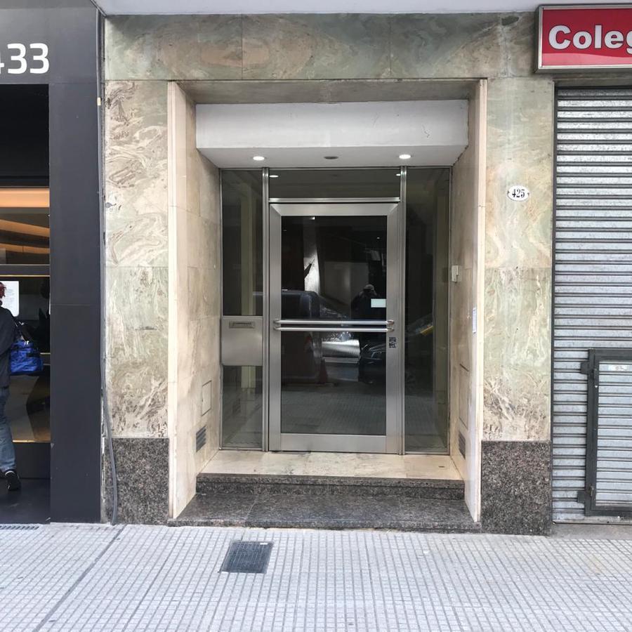 Foto Oficina en Venta en  Tribunales,  Centro (Capital Federal)  Parana 425 7° A