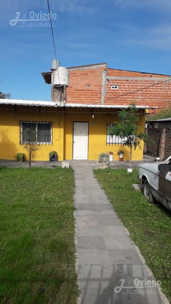 Foto Casa en Venta en  Moron ,  G.B.A. Zona Oeste  Vinara al 1600