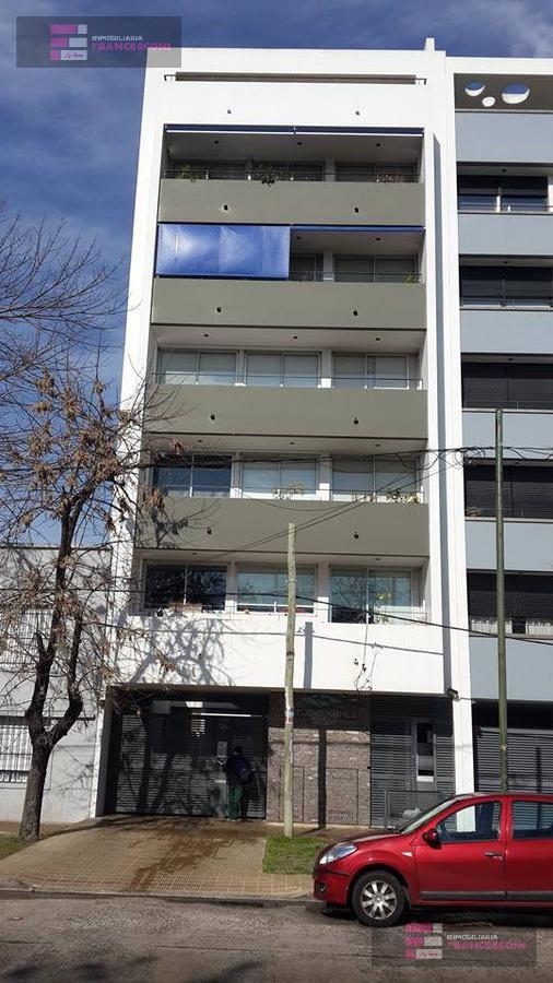 Foto Departamento en Venta en  La Plata ,  G.B.A. Zona Sur  32 9 y 10