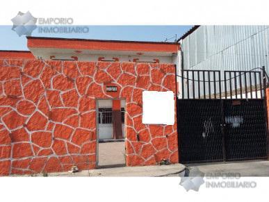 Foto Casa en Venta en  Mariano Otero,  Zapopan  Casa Venta Mariano Otero $2,500,000 A257 E1