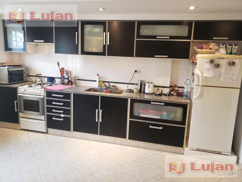 Foto PH en Venta en  B.Naon,  Liniers  Saladillo 1400