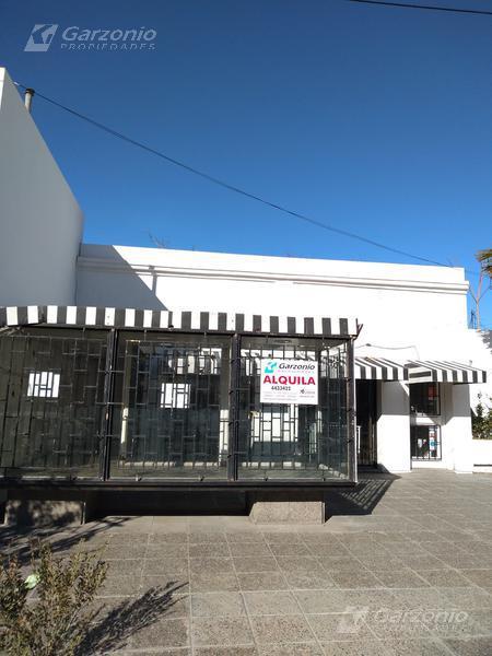 Foto Local en Alquiler en  Trelew ,  Chubut  Julio A Roca al 100