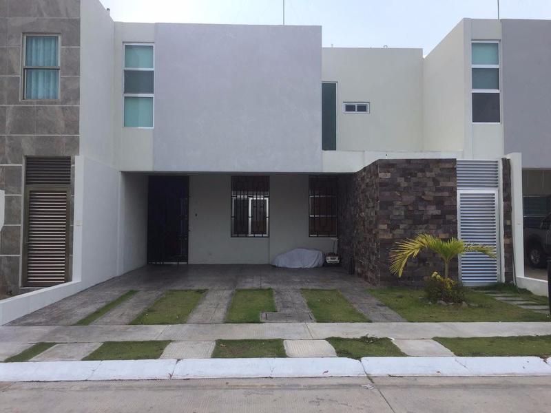 Foto Casa en Venta en  Villahermosa ,  Tabasco  EN VENTA MAGNIFICA CASA EN REAL CAMPESTRE CLUSTER 1