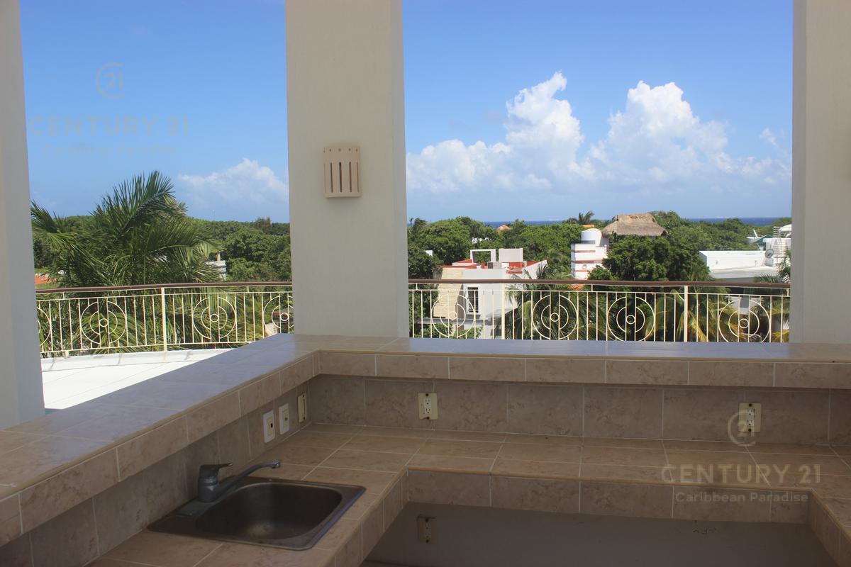 Playa del Carmen Apartment for Sale scene image 34