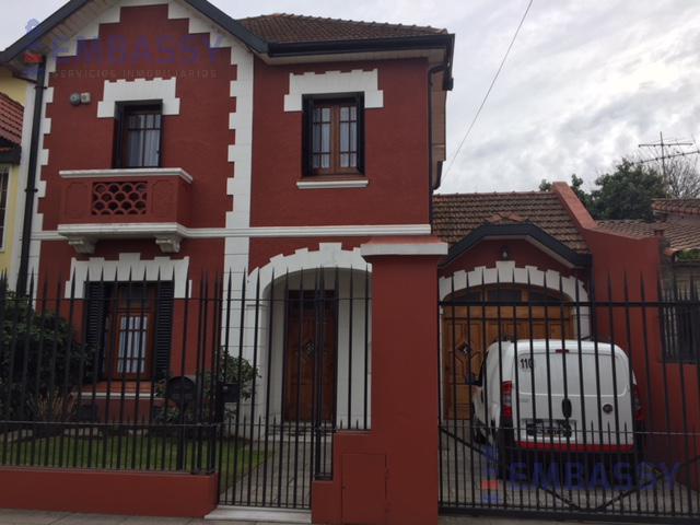 Foto Casa en Venta en  Lomas De Zamora,  Lomas De Zamora  Ayacucho al 300