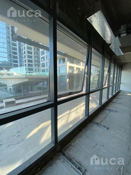 Foto Oficina en Alquiler en  Vicente López ,  G.B.A. Zona Norte  Oficina en Complejo Alrío con terraza y 4 cocheras |  Libertador al 100