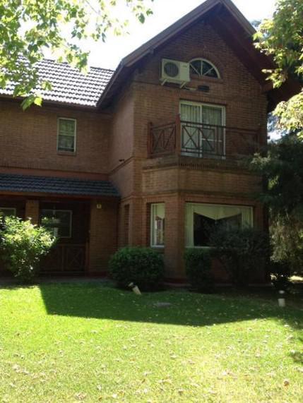 Foto Casa en Venta en  Solar Del Bosque,  Countries/B.Cerrado  ruta 58 km 6