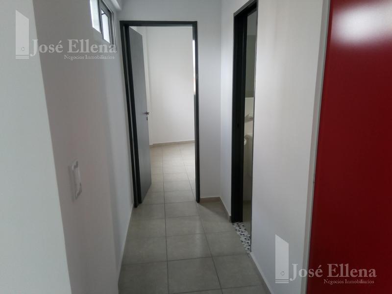 Foto Departamento en Alquiler en  Centro Sur,  Rosario  CERRITO 35 04-02
