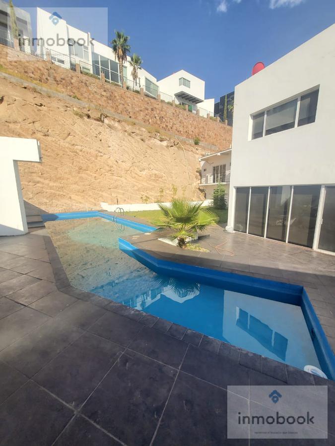 Foto Casa en Venta en  Fraccionamiento Cumbres de San Francisco,  Chihuahua  Casa en Venta Cumbres de San Francisco, con Alberca