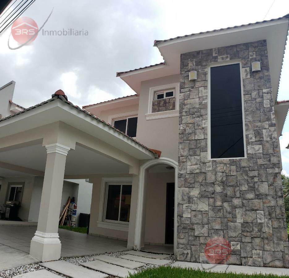Foto Casa en Venta en  San Pedro Sula ,  Cortés  Espectacular  Hogar en venta, en Res. La Hacienda Campisa!