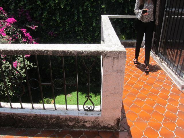 Foto Casa en Renta en  Lomas de La Herradura,  Huixquilucan  Lomas de la Herradura, Acogedora con jardin, en Cerrada con vigilancia