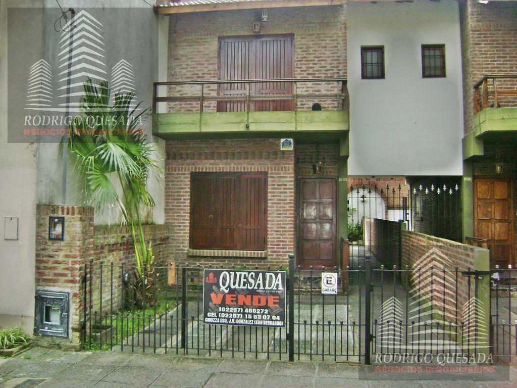 Foto PH en Venta en  San Bernardo Del Tuyu ,  Costa Atlantica  Duplex con 4 dormitorios - a 200 m. del mar !!!