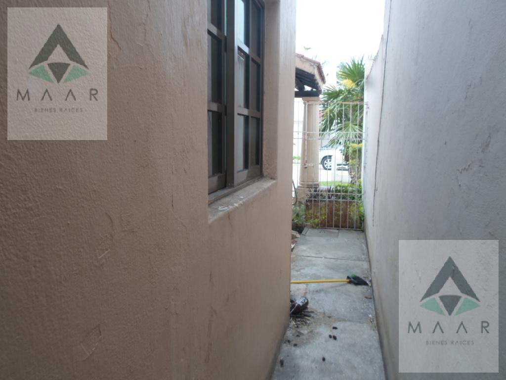 Foto Casa en condominio en Venta en  Supermanzana 51,  Cancún  Se Vende Casa en Cancun Acceso Controlado 24/7 en Palma Real