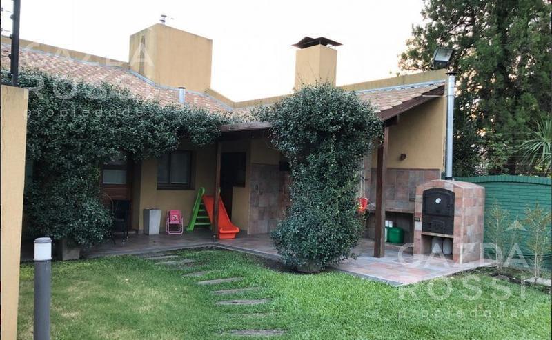 Foto Casa en Venta en  Adrogue,  Almirante Brown  Bouchard al 300