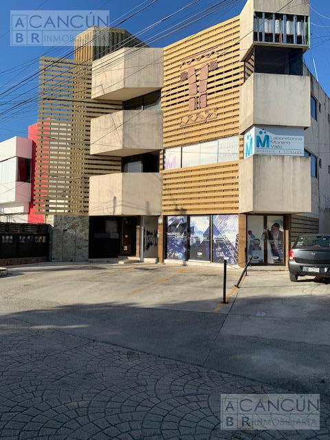 Foto Oficina en Renta en  Supermanzana 24,  Cancún  AV. TANKHA ESQ XEL HA