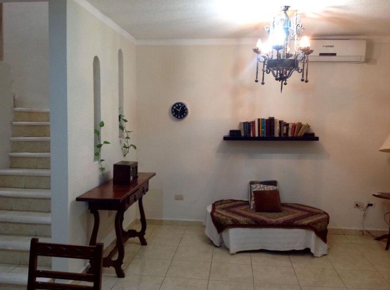 Foto Casa en Venta en  Región 514,  Cancún  LINDA CASA EN VENTA SOBRE AV. LAS TORRES  EN CANCUN C2443
