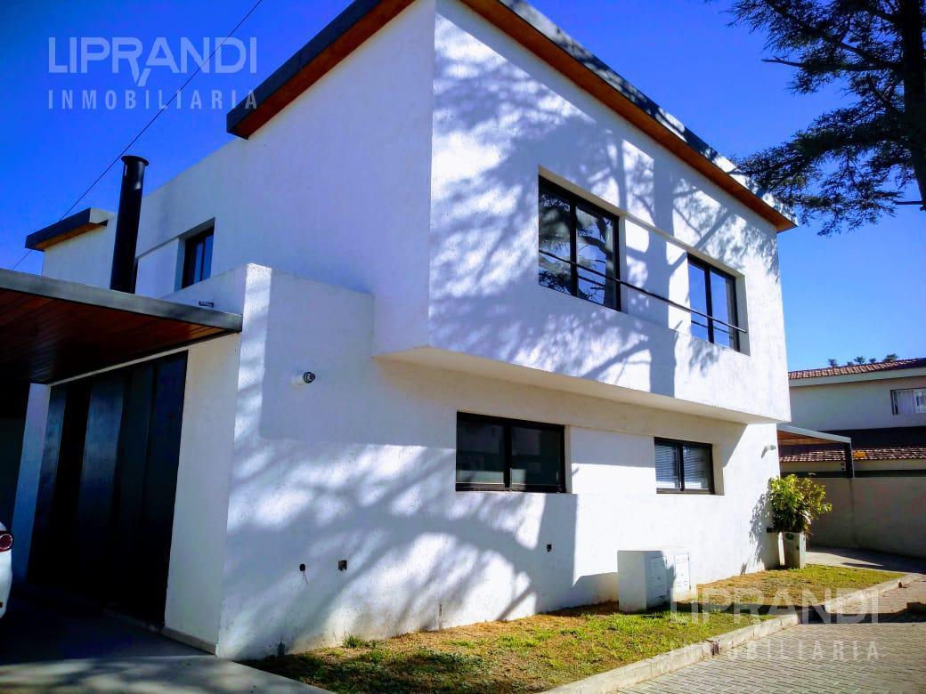 Foto Casa en Venta en  Villa Belgrano,  Cordoba  ANA ASLAN 7888  - CON ESCRITURA -