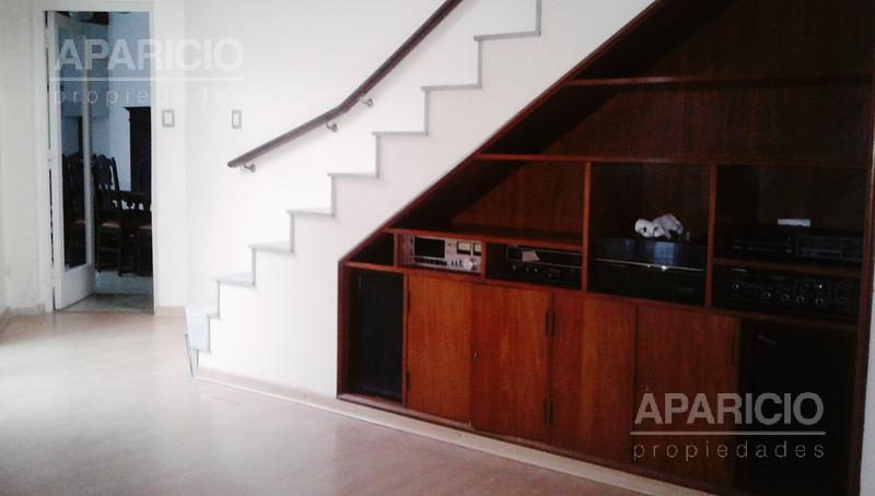 Foto Casa en Venta en  La Plata ,  G.B.A. Zona Sur  18 entre 66  y 67