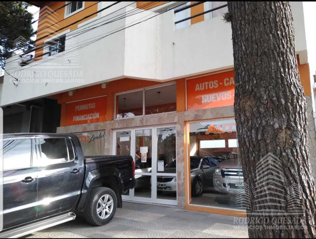 Foto Local en Venta en  San Bernardo Del Tuyu ,  Costa Atlantica  Venta en BLOCK! Amplio local y 4 deptos!