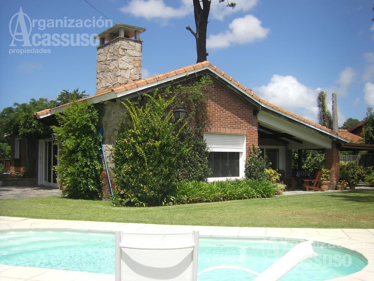 Foto Casa en Venta | Alquiler en  Punta del Este ,  Maldonado  Casa en Punta del Este. Zona colegios, club y clinicas salud