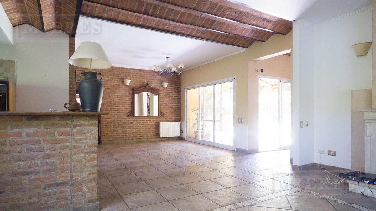 Casa en alquiler - La Escondida