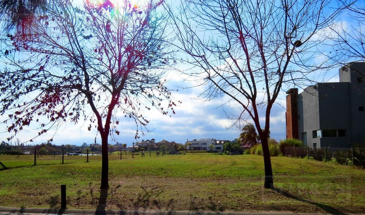 Terreno en Santa Catalina, Villanueva