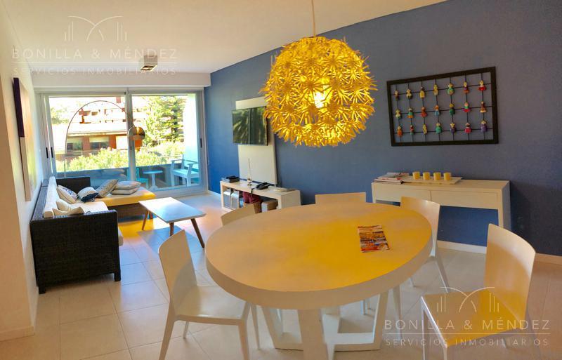 Foto Apartamento en Venta en  Aidy Grill,  Punta del Este  Boulevard Artigas y Parada 4