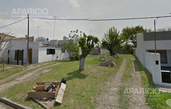 Foto Terreno en Venta en  La Plata ,  G.B.A. Zona Sur  57 entre 146 y 147