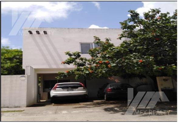 Foto Casa en Venta en  Supermanzana 316,  Cancún  CASA EN VENTA  RESIDENCIAL VITALA , CANCUN, Q. ROO, CESION DE DERECHOS SIN POSESION, $1,948,000 SOLO CONTADO MUY NEGOCIABLE, Clave CLAU7221