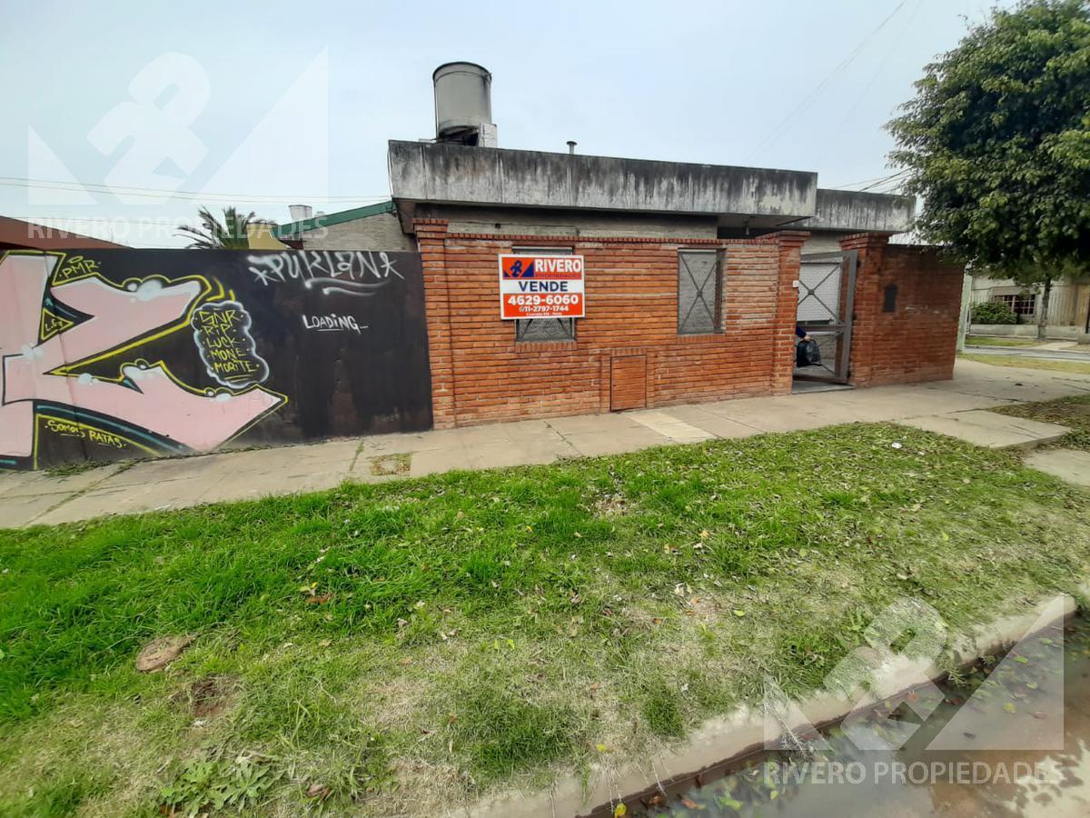 Foto Casa en Venta en  Moron Sur,  Moron  Humauaca al 2900