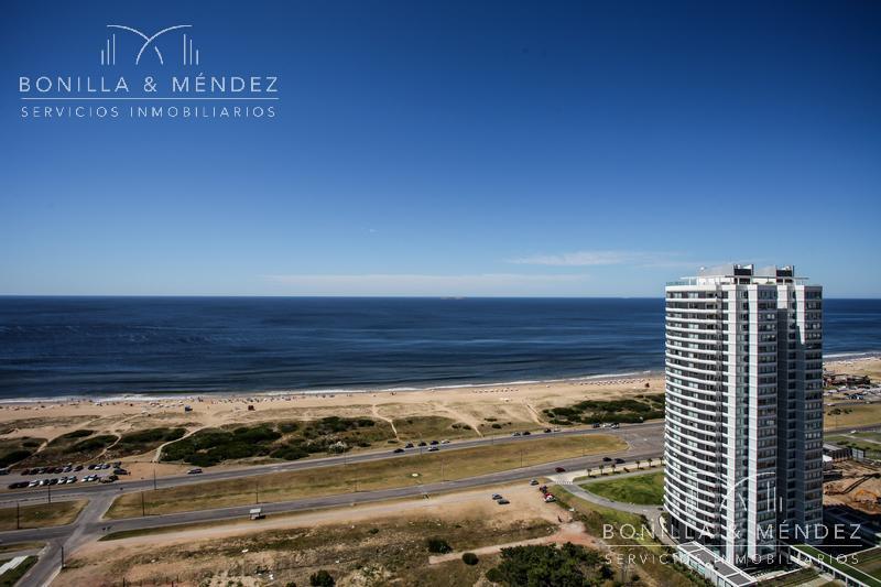 Foto Departamento en Venta en  Playa Brava,  Punta del Este  Avenida del Mar y Rambla Lorenzo Batlle Pacheco
