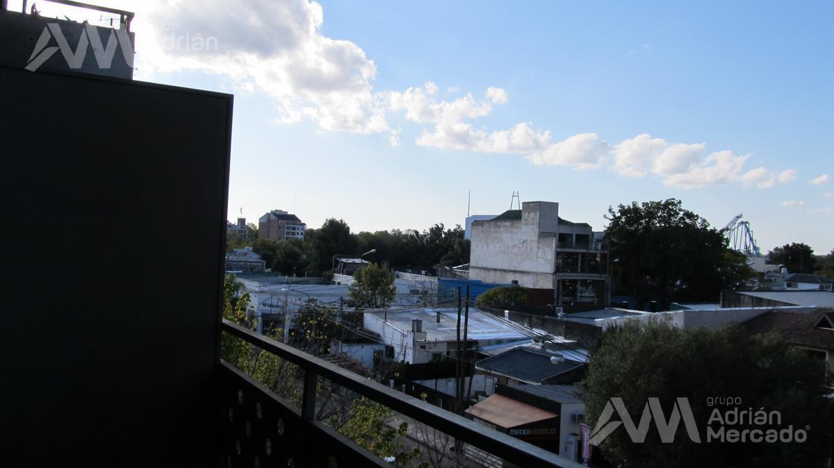 Foto Departamento en Venta en  Tigre,  Tigre  Av. Boulevard Saenz Peña al 1200, Tigre