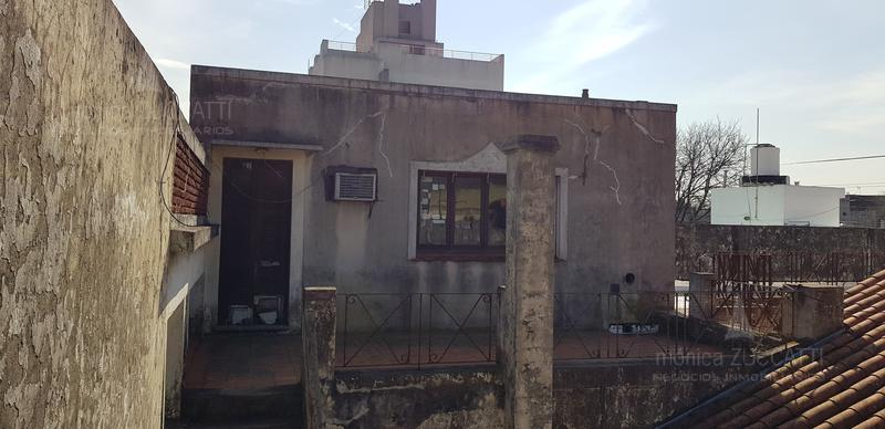 Foto PH en Venta en  Banfield Este,  Banfield  Palacios 1370