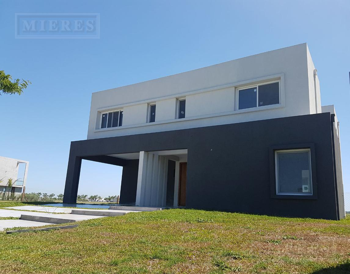 Casa en venta en Puertos Barrio Marinas