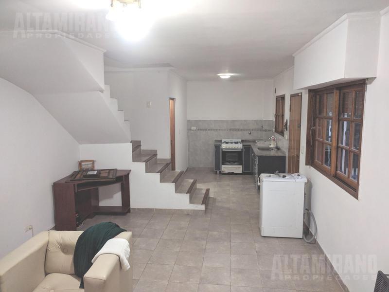 Foto PH en Venta en  Villa Ballester,  General San Martin  Emilio Zola al 4900 e/Lavalle y Alvear