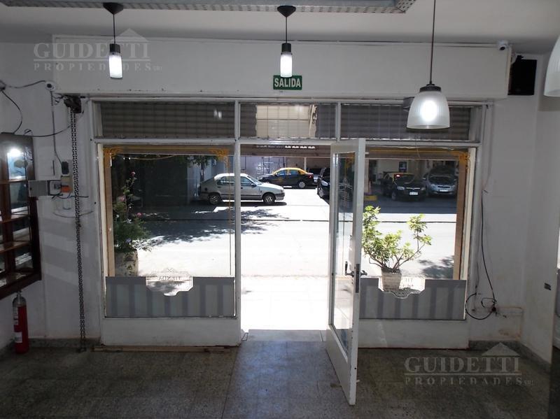 Foto Local en Alquiler en  Nuñez ,  Capital Federal  MOLDES entre LARRALDE, CRISOLOGO y JARAMILLO
