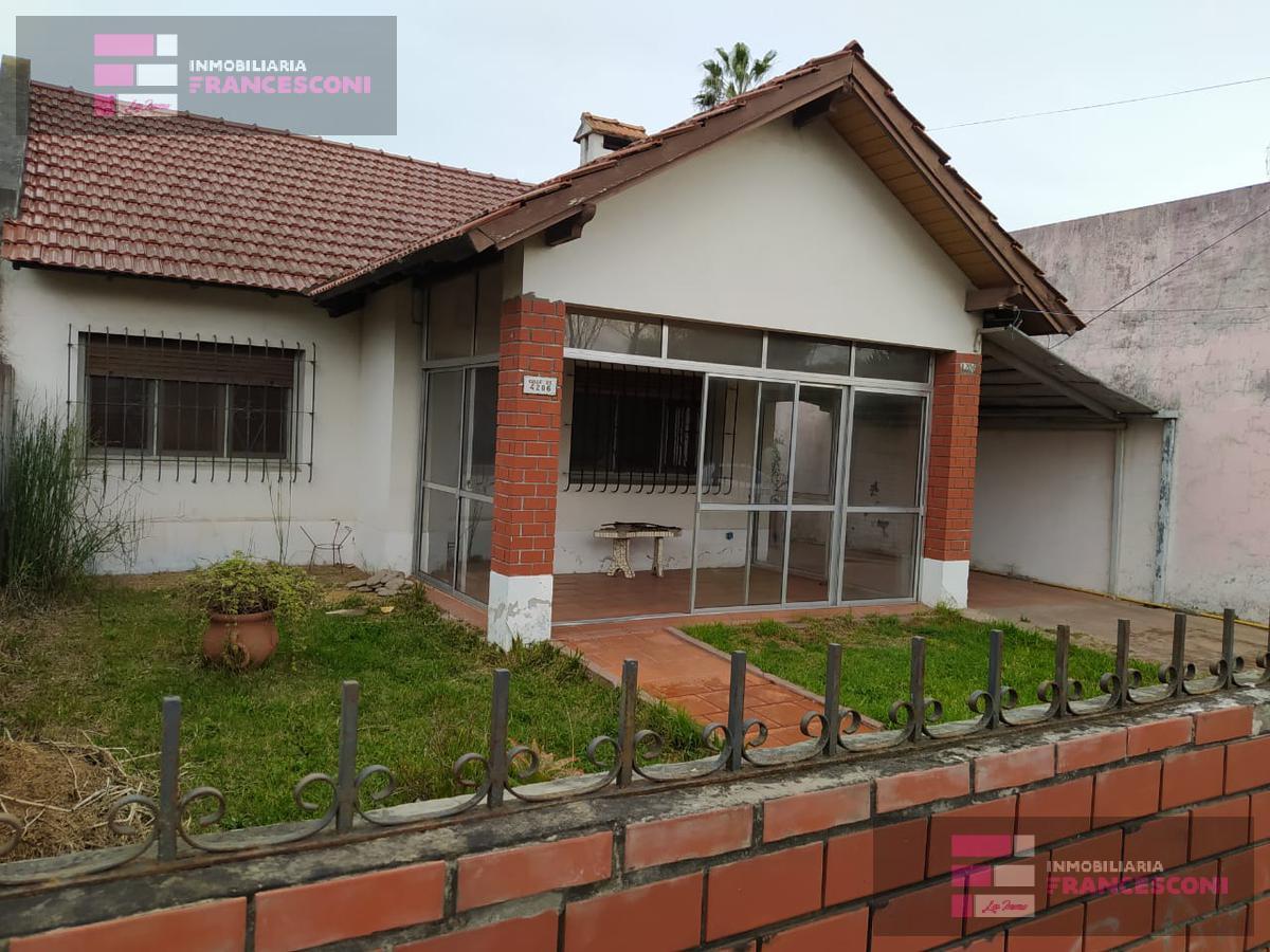 Foto Casa en Alquiler en  Manuel B Gonnet,  La Plata  25 y 490