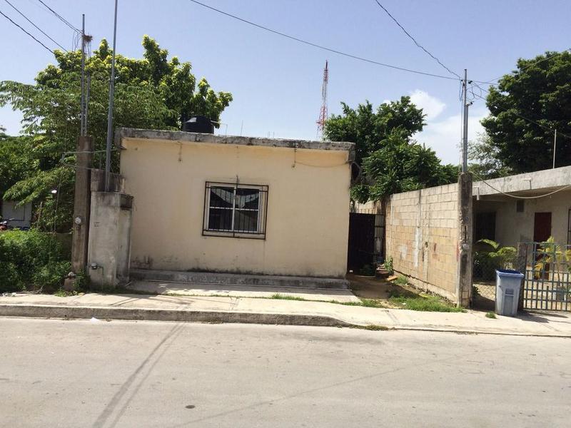Foto Casa en Venta en  Nicte-ha,  Solidaridad  CASA UBICADA EN 10TA avenida BIS COLONIA NICTE HA