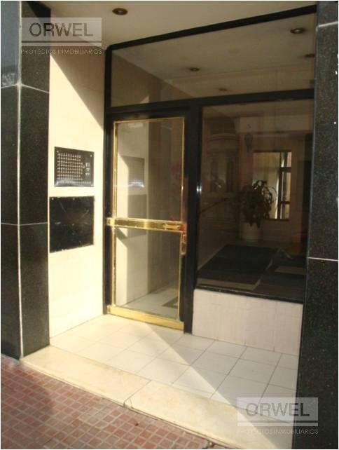 Foto Departamento en Venta | Alquiler en  San Telmo ,  Capital Federal  Balcarce al 1300