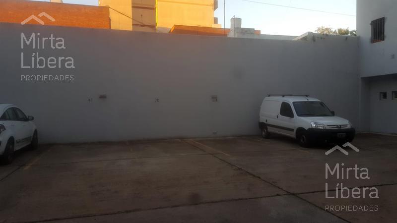 Foto Cochera en Venta | Alquiler en  La Plata ,  G.B.A. Zona Sur  Calle        4 entre 64 y 65