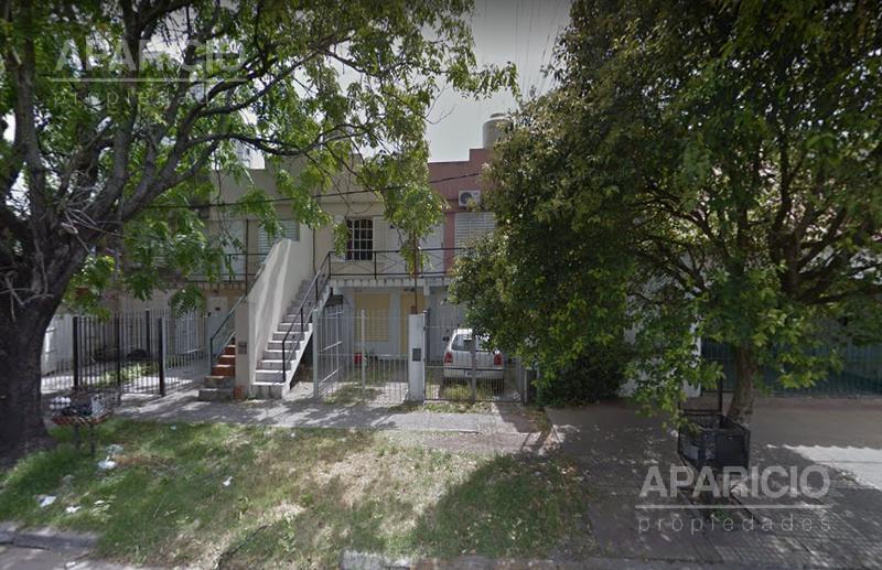 Foto PH en Venta en  La Plata ,  G.B.A. Zona Sur  36 entre 25 y 26