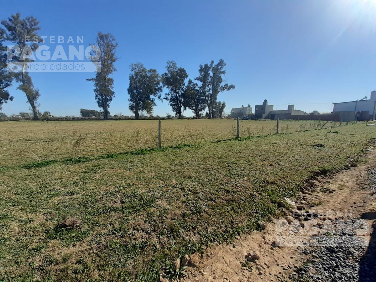 Foto Terreno en Venta en  Villa Elvira,  La Plata  606 ESQ 18 BIS. BARRIO 'EL ALBA'. LOTE N 1